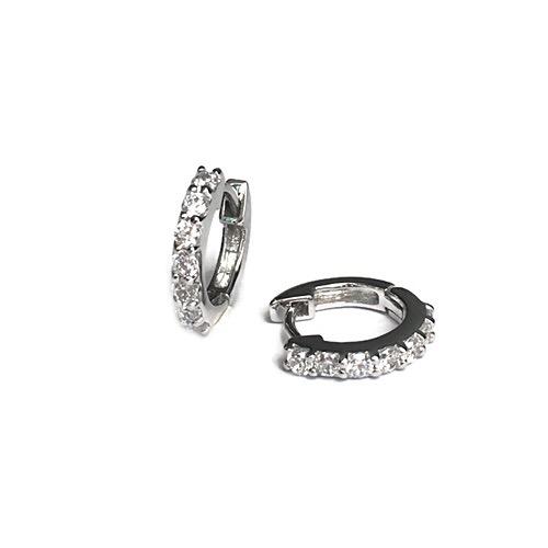 Huggie-earring-diamond-silver