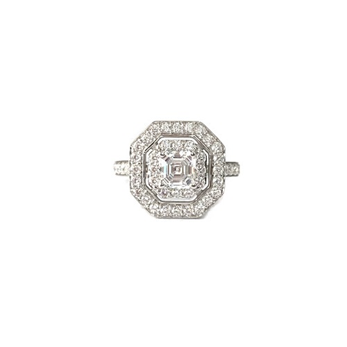 Asscher cut-halo-engagement-ring-silver